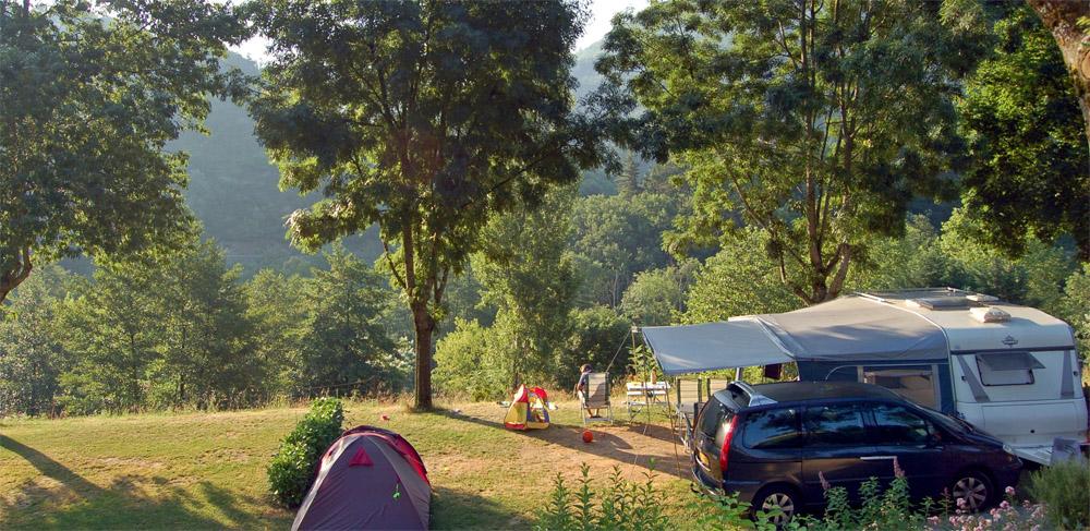 Camping l'Ardèchois: fijne Nederlandse familiecamping aan een riviertje