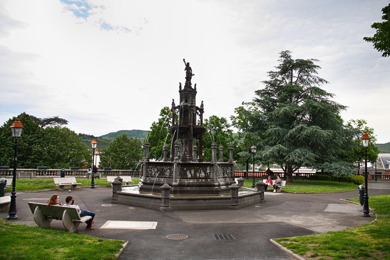 Clermont-Ferrand telt vele fonteinen, met bij de meeste drinkbaar bronwater.