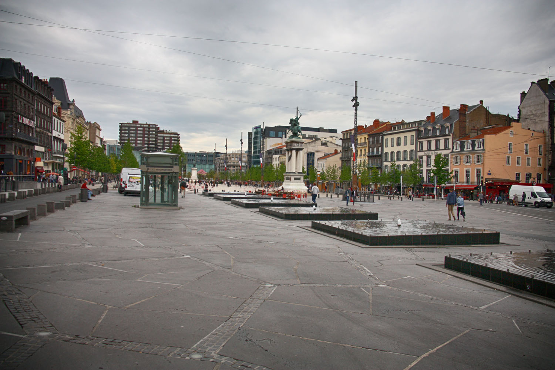 Het grote Place de Jaude.