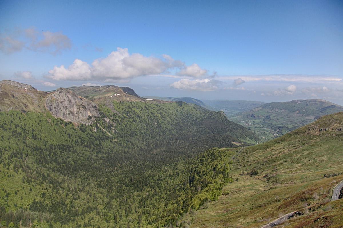 Een van de zeven valleien rondom de Puy Mary.