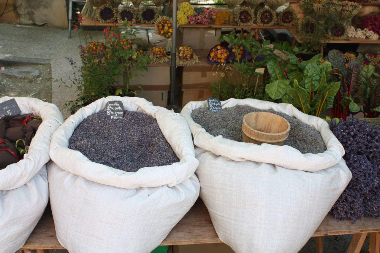 Markt van Bédoin