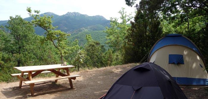 Kleine camping Pyrénées-Oriéntales, met uitzicht
