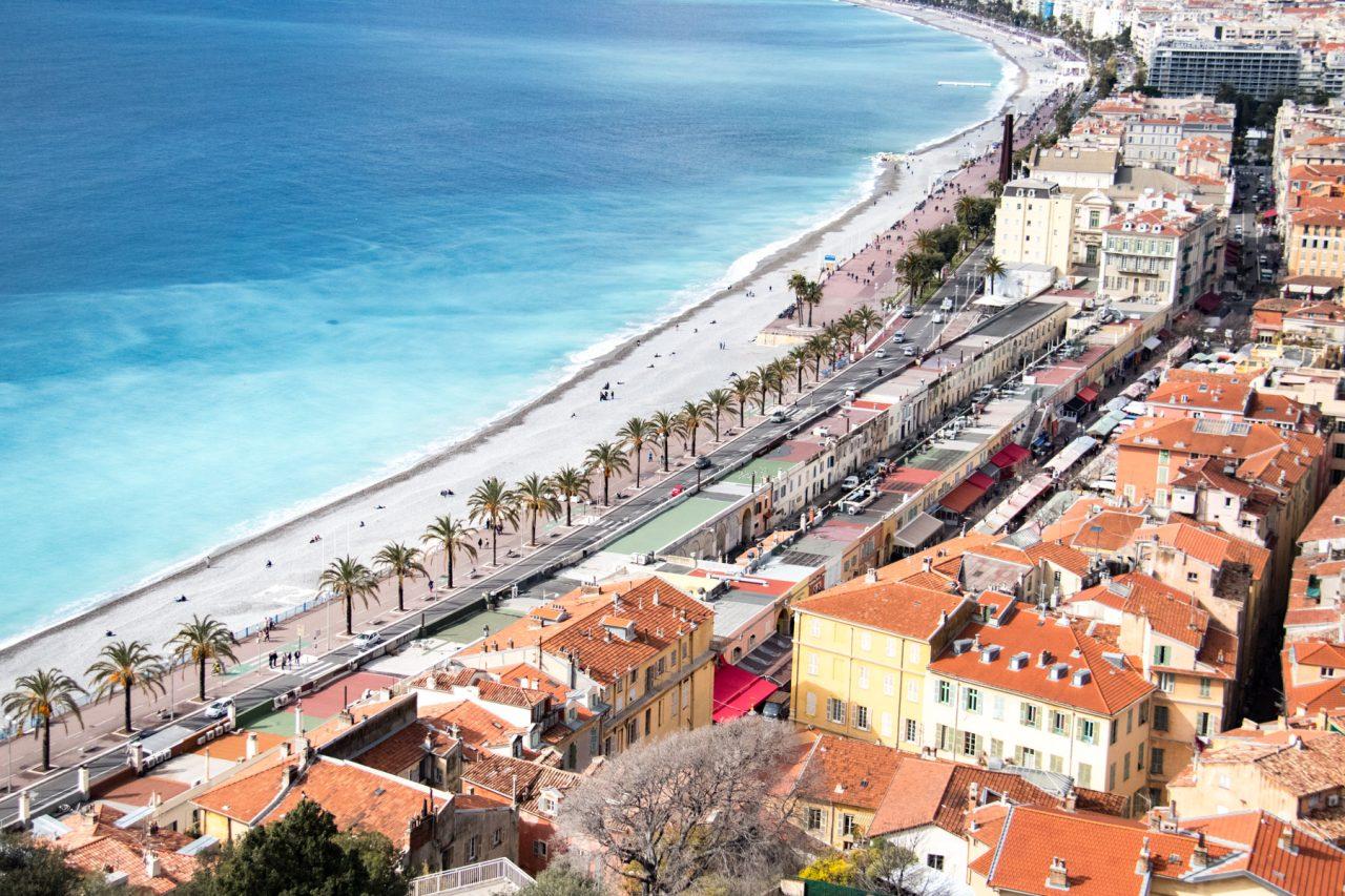 Uitzicht op Nice vanaf de Colline du Château