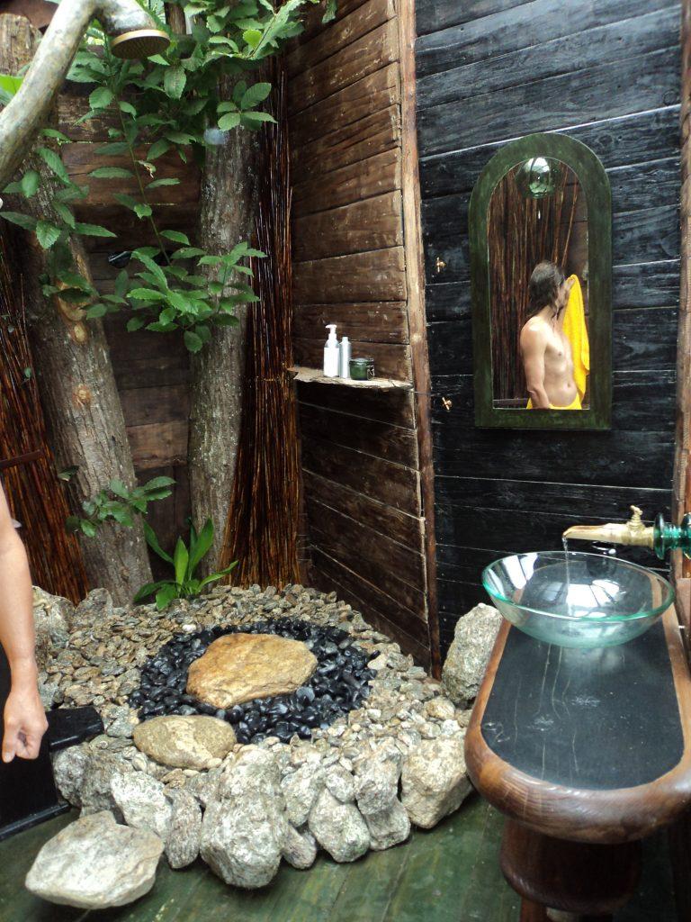 Aziatische boomhut in Frankrijk, bijzonder overnachten