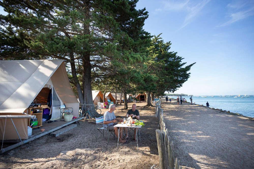 Camping in 10 Leuke naturistencampings in Frankrijk